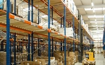 Wide Aisle Pallet Racking Systems Image